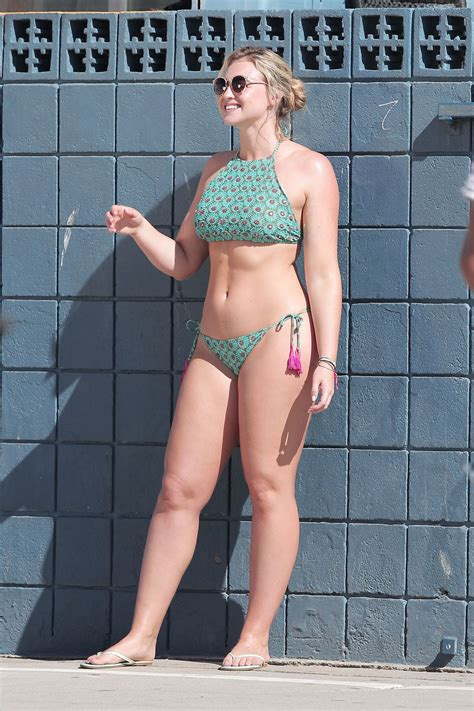 iskra lawrence bikini photoshoot  venice beach