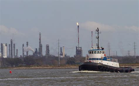 Petrochemical Disaster Creates Houston Shipping Bottleneck