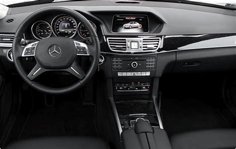 The optional mbux interior assistant allows intuitive, natural operation of various comfort and mbux functions also by movement recognition. Berlin Limo Service - Business Sedans - Mercedes Benz E Class W212 Facelift 220d 4matic