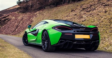 You can hire supercars just for the weekend - here are ...