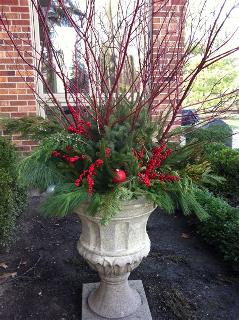 winter planters simplescaping