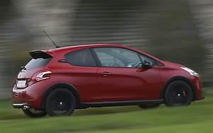 Rappel Constructeur Peugeot 208 : essai peugeot 208 gti 30th l 39 automobile magazine ~ Maxctalentgroup.com Avis de Voitures