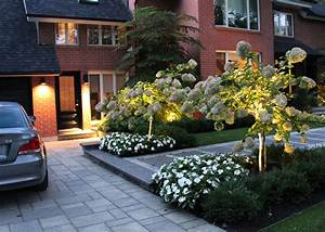 amenagement paysager simple et chic idees jardin With amenagement exterieur maison moderne 11 plantes et amenagement jardin mediterraneen 79 idees