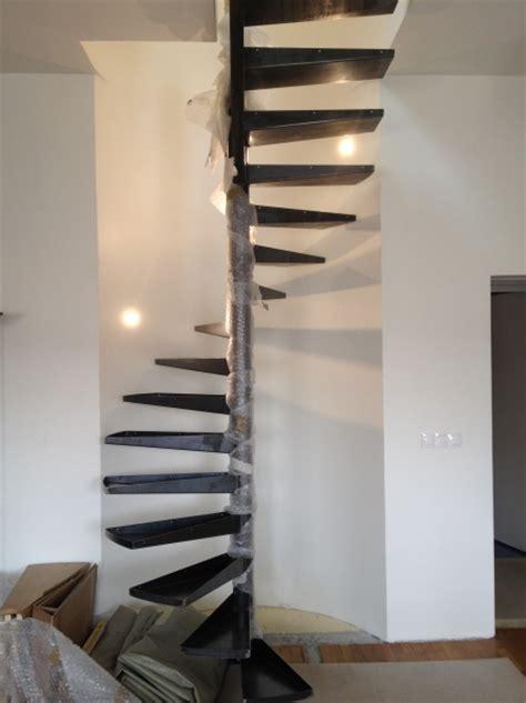 cuisine faux plafond création escalier colimaçon accès aux combes goussainville