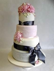 Celebration Cakes and Wedding Cakes by Catherine Scott