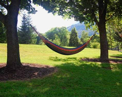 Paracord Hammock For Sale by 10 Cool Diy Paracord Projects To Try