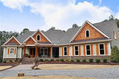 Luxurious Craftsman House Plan With Rec Room