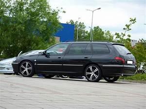 Peugeot 406 Break : black break 406 peugeot pinterest ~ Gottalentnigeria.com Avis de Voitures