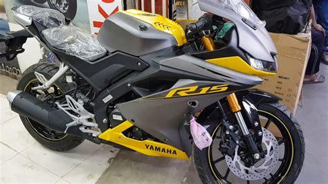 Review Yamaha R15 2019 by New Yamaha R15 V3 New Colours 2019 Yamaha R15 V3 155cc