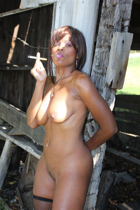 Raven Swallowz Ebony Porn Star Smoking BlowJob For A