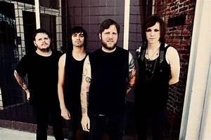 Against Me!'s Laura Jane Grace gets teeth knocked out at ...