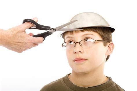 Seriously? The ?Bowl Haircut? Making A Comeback? « 99.5