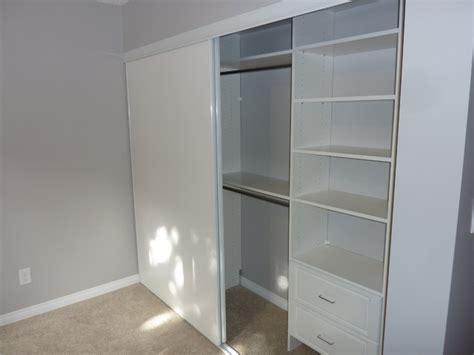 simple single closet design traditional closet calgary  kwik kloset calgary west