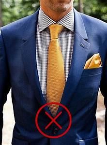 cravate et pochette comment bien les assortir c tieclubfr With couleur avec bleu marine 4 lancia fulvia coupe