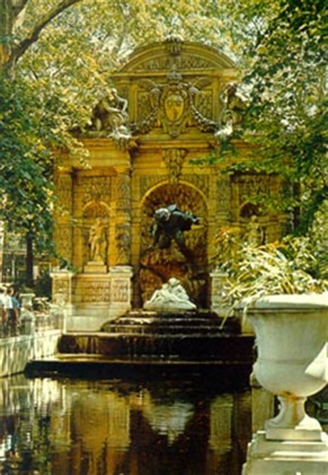 la fontaine medicis senat