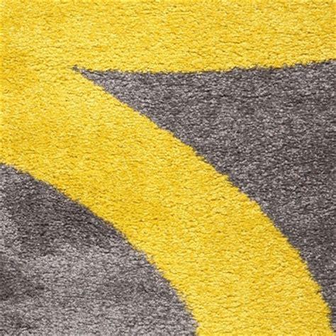 couleur jaune tapis de salon ou chambre pas cher but fr