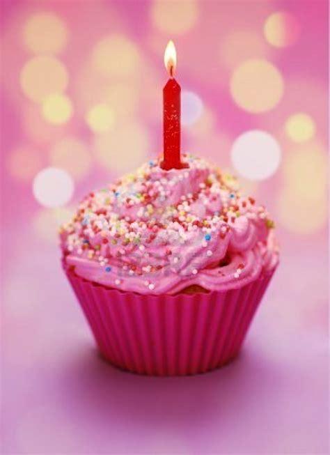 birthday cupcake pink birthday cupcake with a candle mia s birthday pinterest happy birthday and birthdays