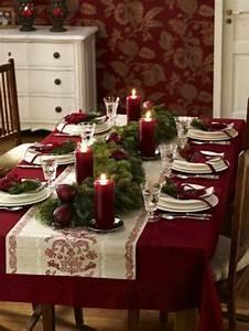 Tischdeko Zu Weihnachten Ideen : ideen f r weihnachtliche dekoration mit tannenzweigen ~ Markanthonyermac.com Haus und Dekorationen
