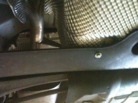 rouler sans pot d echappement possible de rouler sans protection de r 233 servoir c4 citro 235 n forum marques