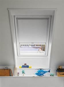 Rollo Kinderzimmer Verdunkelung : dachfenster mit rollo dachfenster rollo velux ggl gpl gtl ~ Michelbontemps.com Haus und Dekorationen