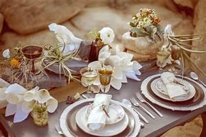 Rock, Paper, Scissors: Desert Inspired Ceremony Setting ...