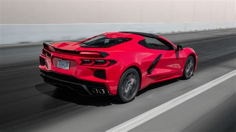 exclusive hear     corvette start rev