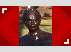Students say statue vandalized at Hampton University