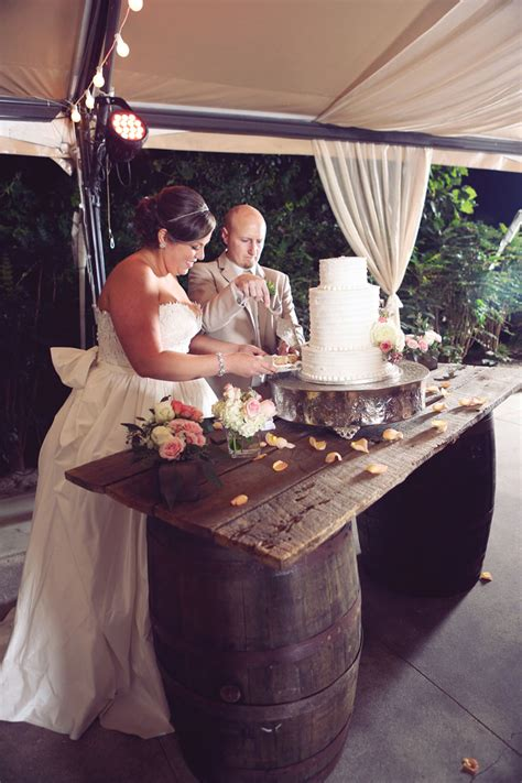 elegant rustic wedding ideaselegant rustic wedding ideas