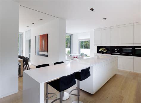 Küchenblock Mit Sitzgelegenheit by K 252 Chenblock Mit Integriertem Tresen Barhocker K 252 Ch