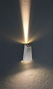 Wand Außenleuchten Led : fassaden wand leuchten in led technik ~ A.2002-acura-tl-radio.info Haus und Dekorationen