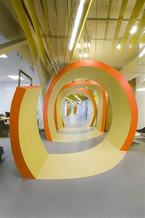 Expansive Office Space Idea by Za Bor Architects   Ideas