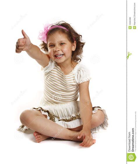kindergeburtstag mädchen 5 jahre kleines m 228 dchen 5 jahre getrennt auf einem wei 223 en backgrou stockfoto bild tochter haar