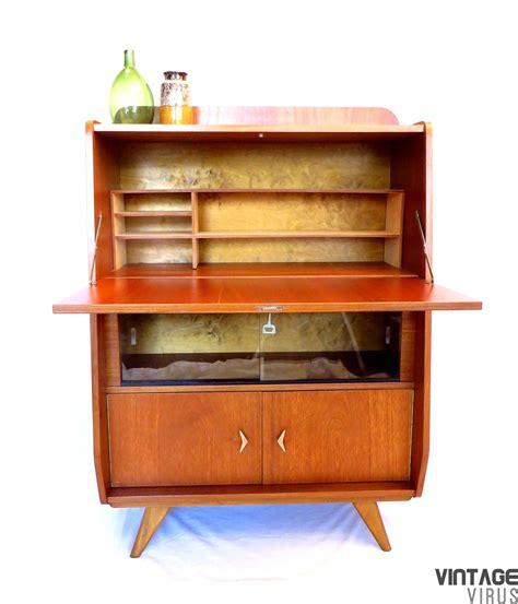 secretaire de bureau vintage secretaire bureau dressoirkast vintage virus