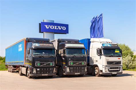 volvo truck service center volvo 39 s 2 400 hp semi is the fastest truck in the world