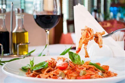 cours cuisine italienne cours de cuisine italienne à rome
