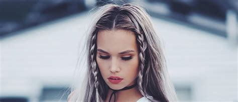 30 straight hairstyles for long hair lovehairstyles com