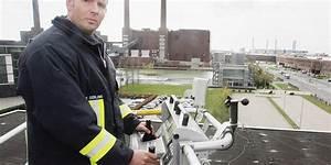 Feuerwehr Jobs Im Ausland : wolfsburg der brenzligste job im vw werk feuerwehr ~ Kayakingforconservation.com Haus und Dekorationen