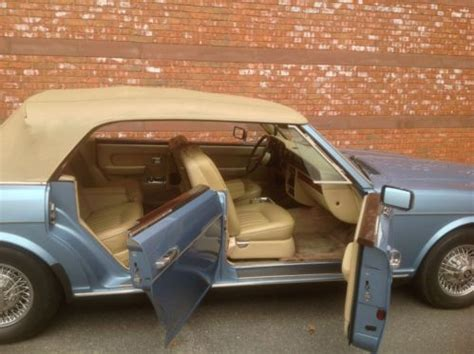 buy   rolls royce  door convertible silver spur