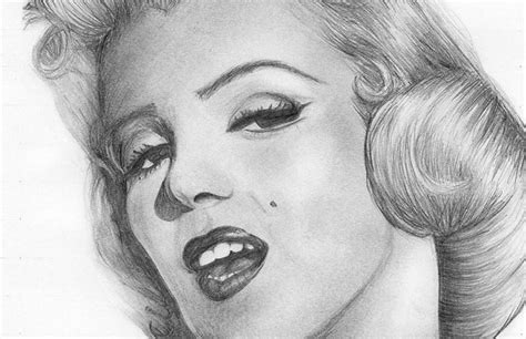 40 Truly Awesome Celebrity Drawings