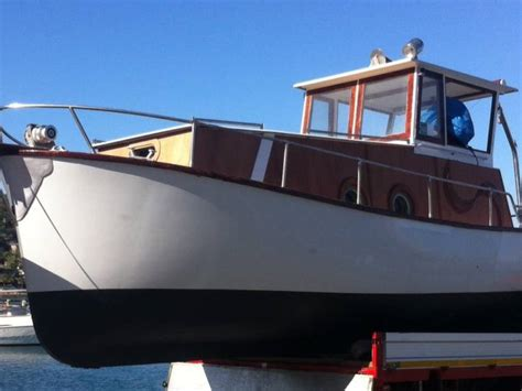 gozzo cabinato vtr   procida barche da pesca usate
