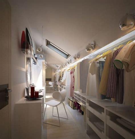 amenagement grenier en chambre 25 best ideas about dressing sous pente on