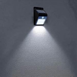 Bewegungsmelder Mit Licht : lampe mit bewegungsmelder und schalter bewegungsmelder ~ Michelbontemps.com Haus und Dekorationen