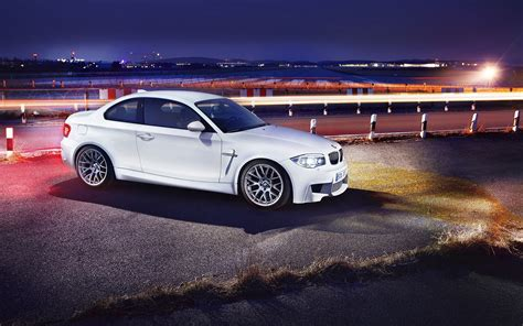 This Stunning Bmw 1m Pic Is Top-shelf Car Porn