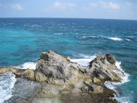 Caribbean Sea Waves Isla Mujeres Cancun Mexico Travel