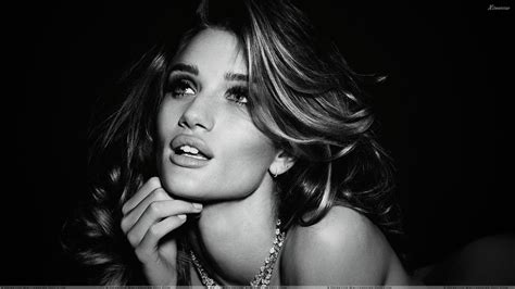 Rosie Huntingtonwhiteley Black N White Face Photoshoot
