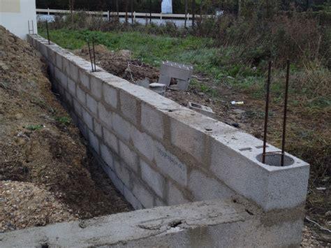 comment enduire un mur exterieur en parpaing maison design mail lockay