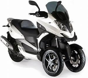 Permis Scooter 500 : eicma de milan 350s et parkour chez quadro pinterest permis et roue ~ Medecine-chirurgie-esthetiques.com Avis de Voitures