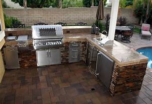 Custom Outdoor Kitchens - Paradise Outdoor Kitchens