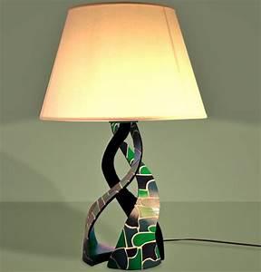 Comment Fabriquer Une Lampe : comment cintrer le carton pour faire une lampe en carton ~ Medecine-chirurgie-esthetiques.com Avis de Voitures