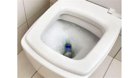 telephone tombe dans les toilettes 28 images un mec fait tomber t 233 l 233 phone dans les